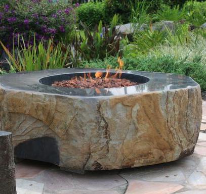 Bassalt Boulder Firepit